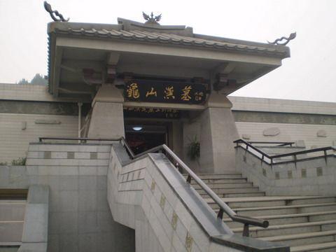 一座城池俩汉墓徐州地下文化艺术宝库探秘