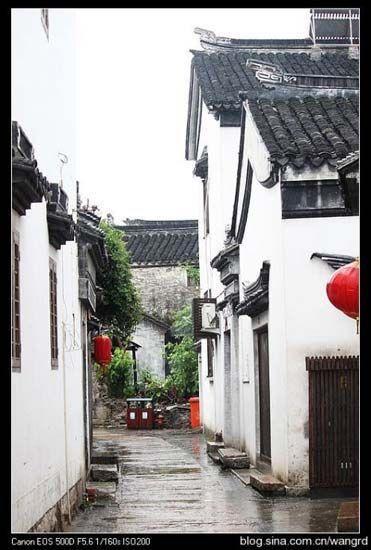 太湖陆巷古村:白墙黑瓦下的最美村落