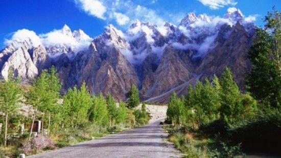 能拍到最美照片!走走世界最惊险的公路