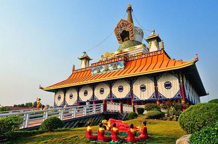 尼泊尔蓝毗尼佛教徒的朝圣大本营