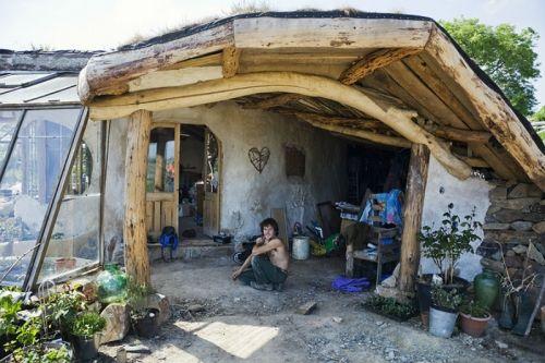独立小世界探秘西班牙自给自足的原生态村落