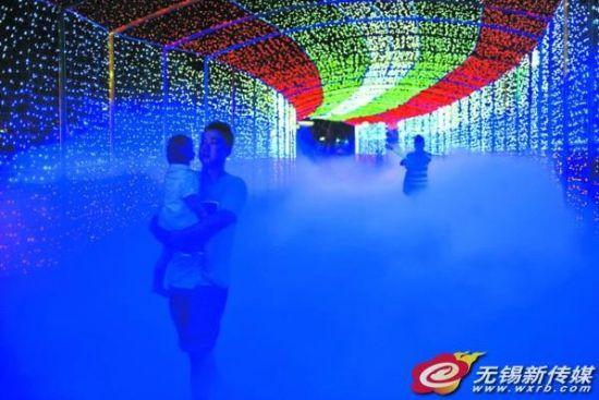无锡动物园夜公园开放 百万投入打造智能喷雾