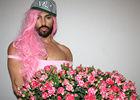 俄罗斯男模模仿麻辣鸡被吐槽粉红金刚