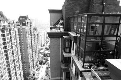 两层玻璃阁楼看起来十分豪华