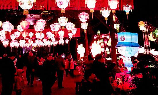 往年锡惠公园夜游会