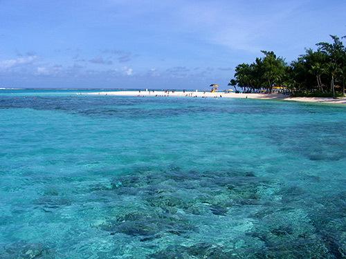 迷情塞班岛在海天一色的美景下细品美食